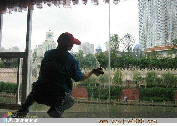 专业清洗玻璃